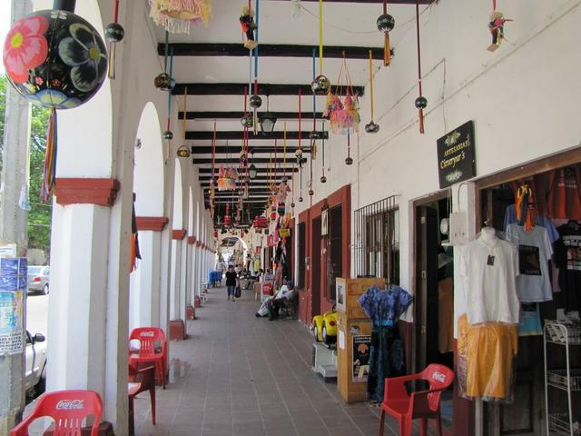 Shops in Chiapa.